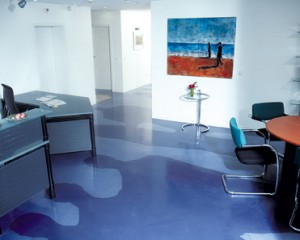A posh flooring for office conference room decor shines brightly in this office setting depicted.